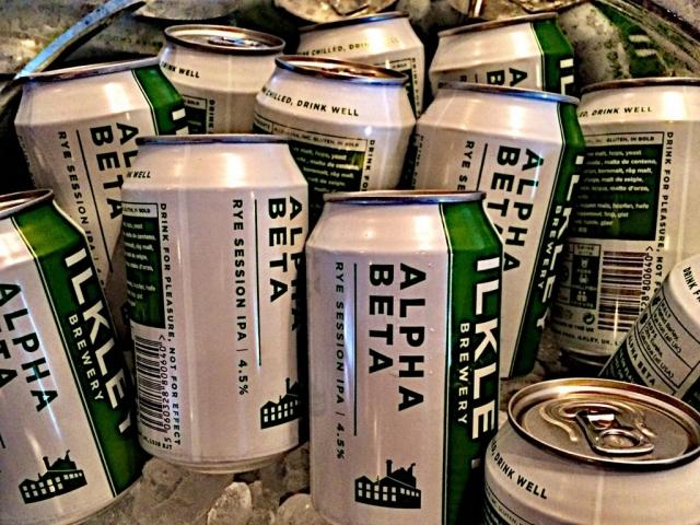 Live beer blogging - Ilkley Alpha Beta