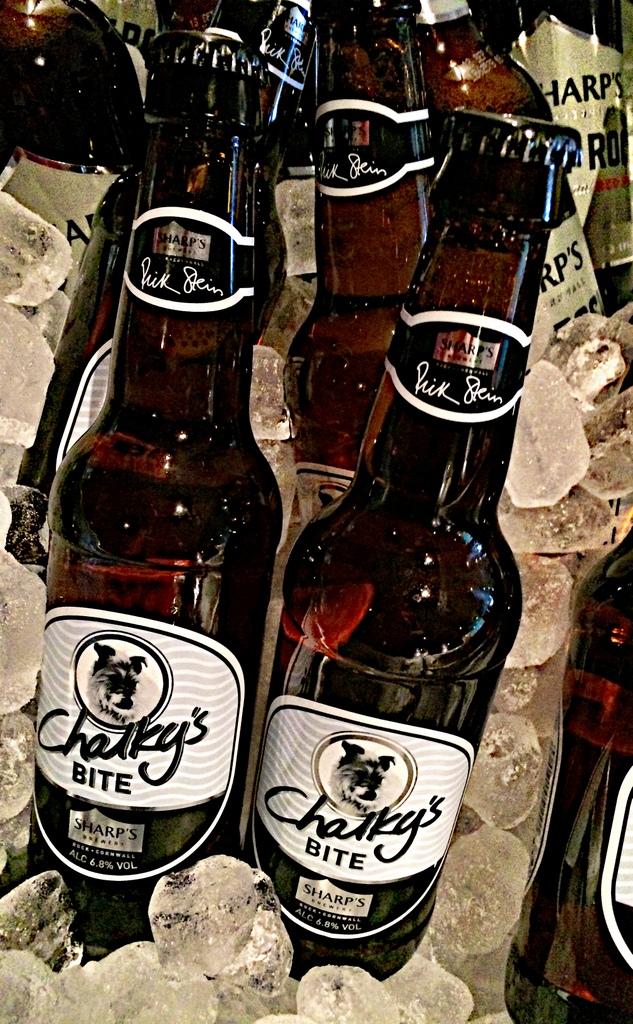 Live beer blogging - Sharp's Chalky's Bite