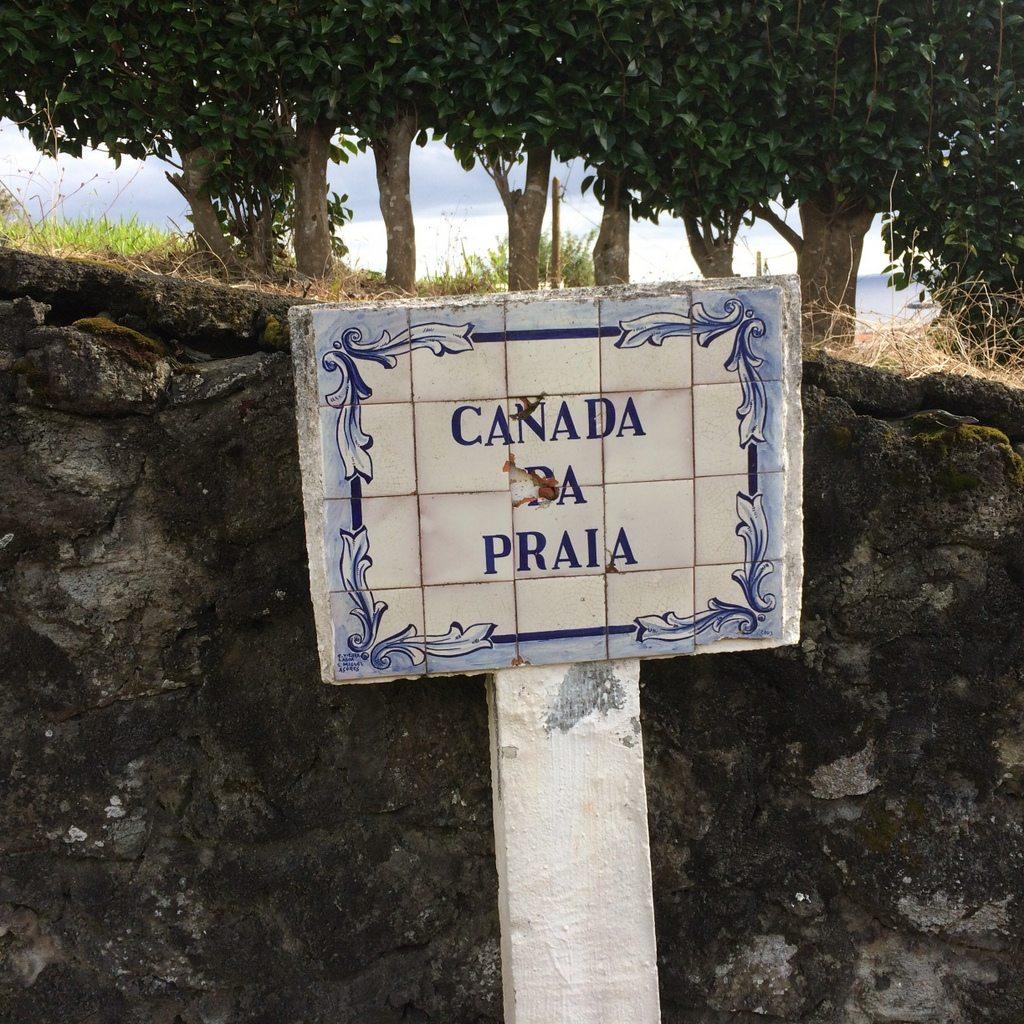 sign marking Canada da Praia