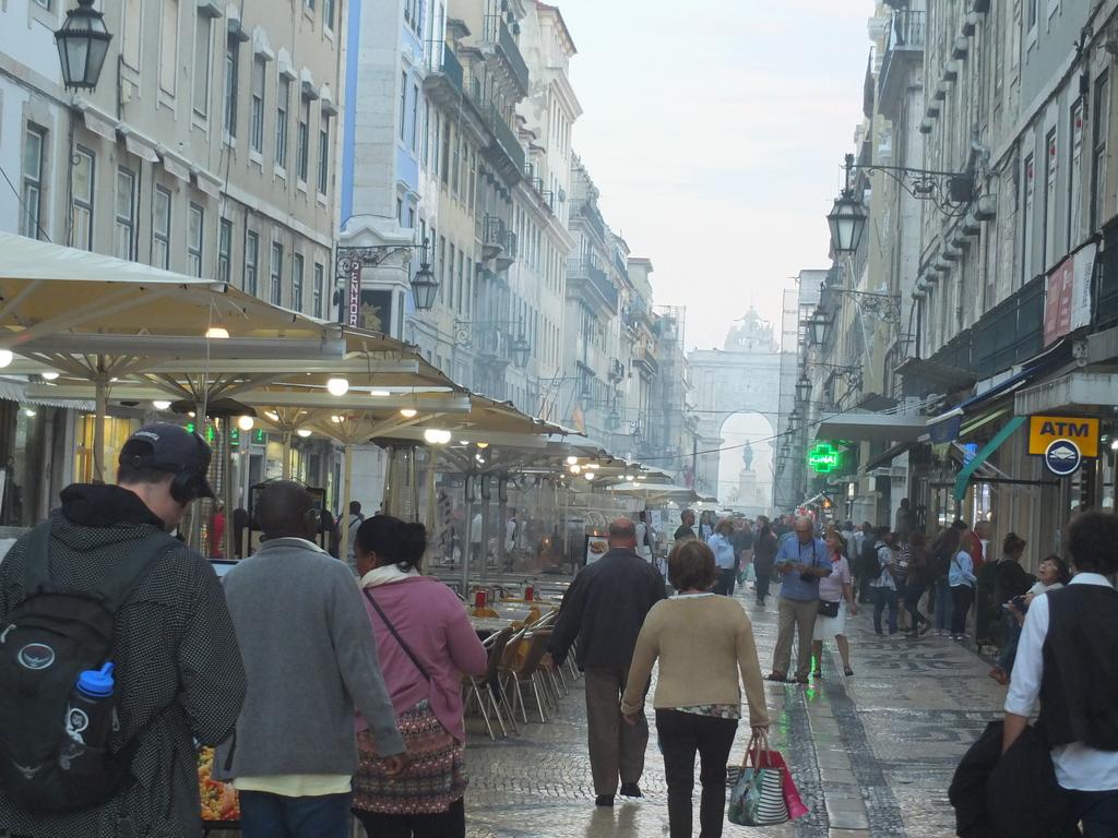 LisbonImpressions - DSCF1030.jpg