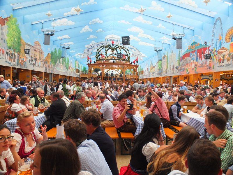 Oktoberfest - DSCF8577.jpg