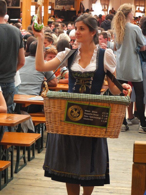 Oktoberfest - DSCF8587.jpg