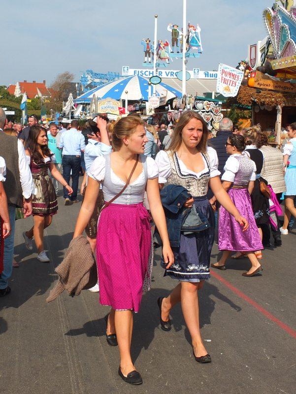 Oktoberfest - DSCF8619.jpg