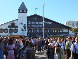 Oktoberfest - DSCF8735.jpg