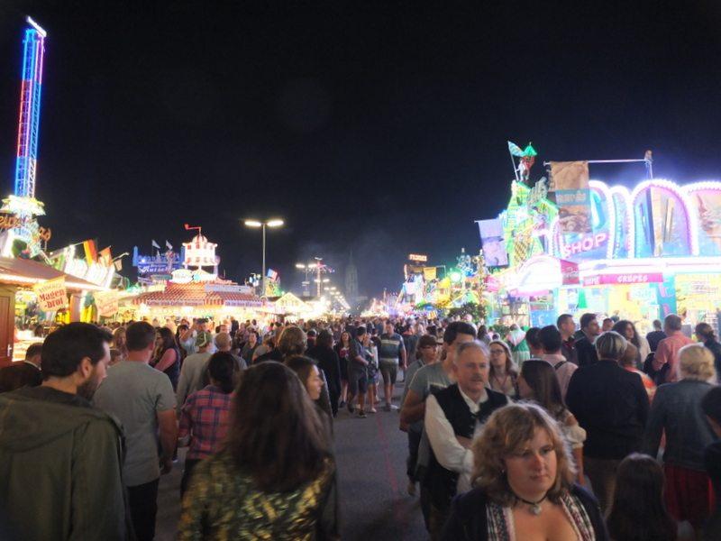 Oktoberfest - DSCF8869.jpg